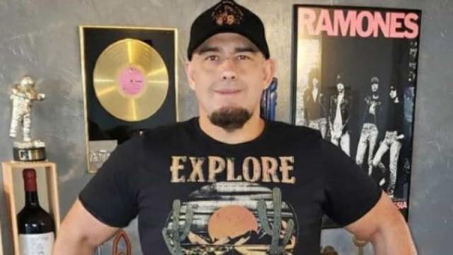 Digão, vocalista do Raimundos, se recupera da Covid e comemora