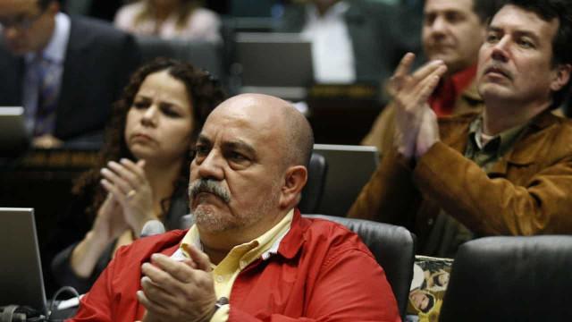 Governador do distrito de Caracas morre de covid-19
