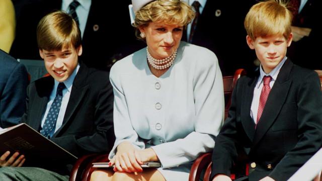 Princesa Diana ficaria orgulhosa por Harry se afastar da realeza