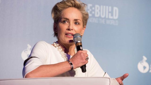 Sharon Stone admite ter feito aborto na adolescência