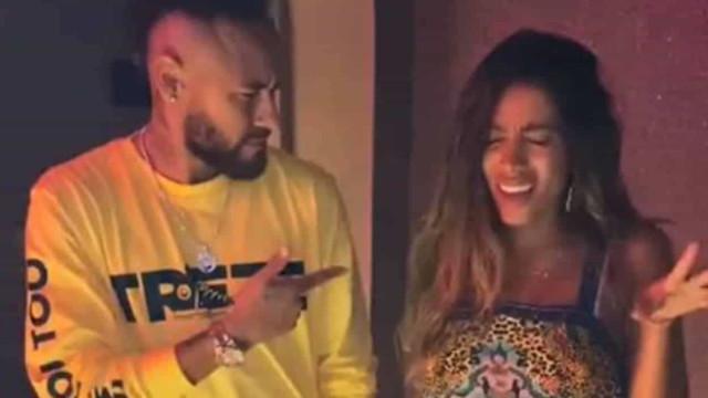 Anitta e Neymar aparecem cantando e dançando juntos na Espanha