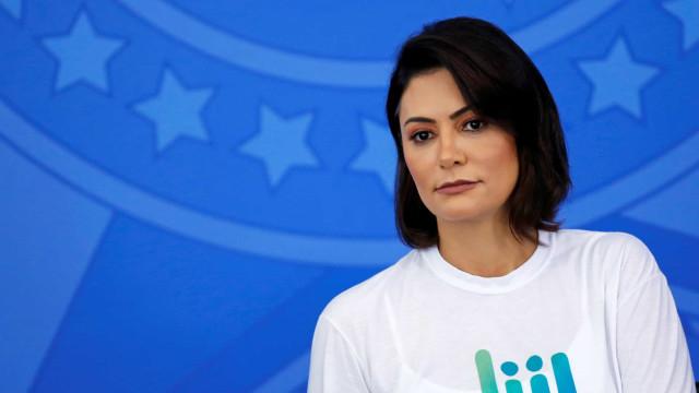 À Polícia, Michelle Bolsonaro se queixa de piadas em redes sociais