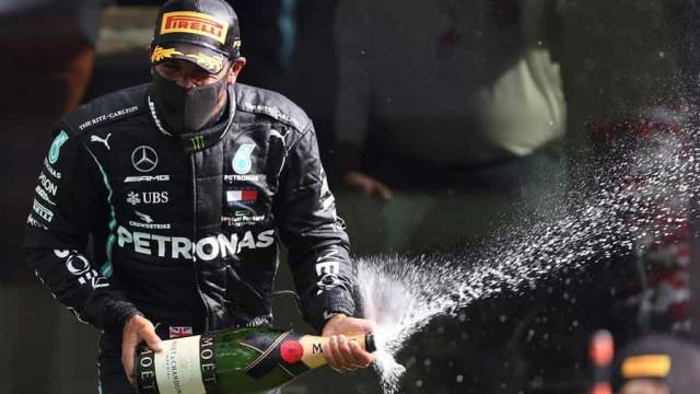 'Me sinto melhor do que nunca', diz Hamilton após 89ª vitória na Fórmula 1