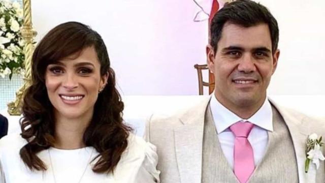 Juliano Cazarré se casa no religioso em cerimônia discreta no Rio