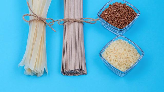 Por alta no preço, Abras diz para consumidor trocar arroz por macarrão
