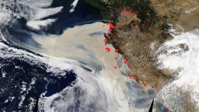 Fotografia da NASA revela escala dos incêndios nos EUA