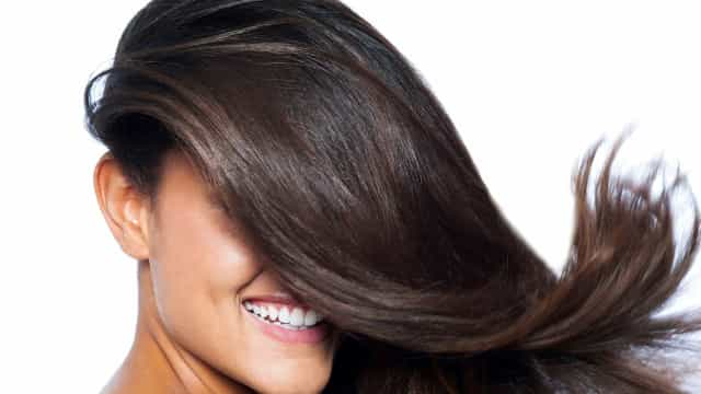 Hidratação para cabelos oleosos: um tratamento caseiro