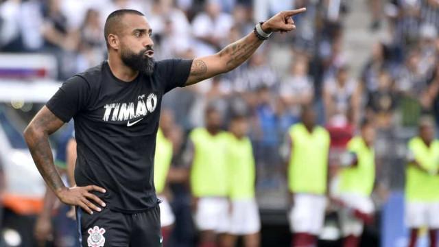 Comandado por Dyego Coelho, Corinthians enfrenta o Fluminense no Maracanã