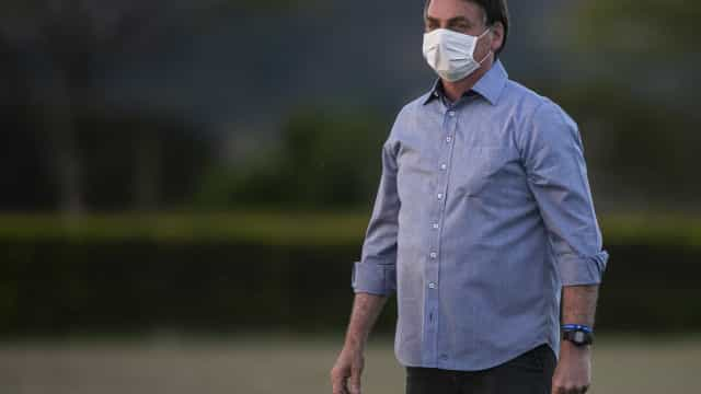 Bolsonaro defende volta às aulas durante a pandemia