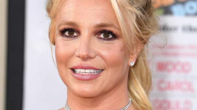 Britney Spears se emociona ao receber autorização para escolher advogado