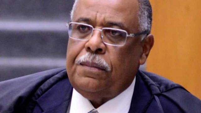 Ministro do STJ tem diagnóstico de Covid após posse de Fux, e total chega a 8 autoridades