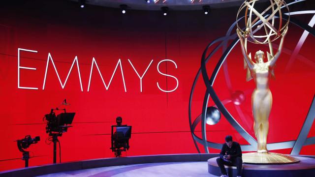 'Schitt's Creek' leva Emmys de ator e atriz; confira os vencedores
