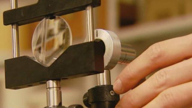 Pesquisadores da USP desenvolvem lente fotográfica mais fina do mundo