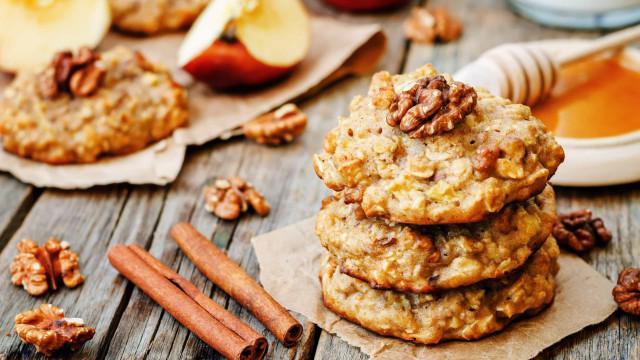 Bolachas de maçã e canela, uma delícia simples e saudável