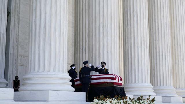 EUA dão início a três dias de homenagens para a juíza Ruth Bader Ginsburg