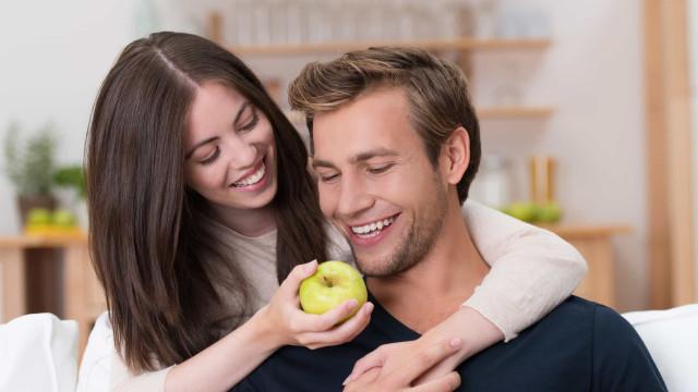 Devo comer uma maçã todos os dias? Cinco benefícios desta fruta
