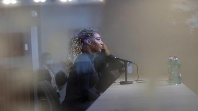 Com lesão no tendão, Serena Williams abandona Roland Garros