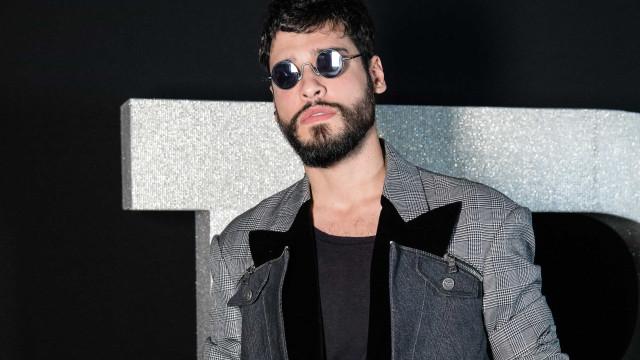 Bruno Fagundes diz que não quer ser estereótipo do macho alfa
