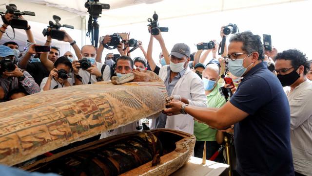 Egito. Descobertos 59 sarcófagos com mais de 2.500 anos