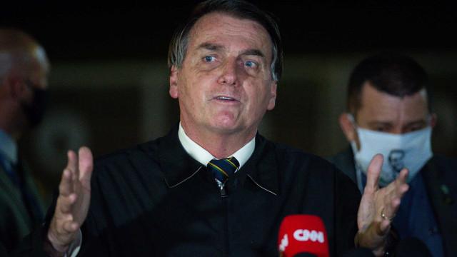 Censura a peça com homem pelado motiva ação contra governo Bolsonaro