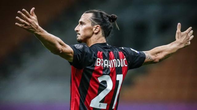 Ibrahimovic brilha, Milan bate a Inter de Milão e se isola na ponta do Italiano
