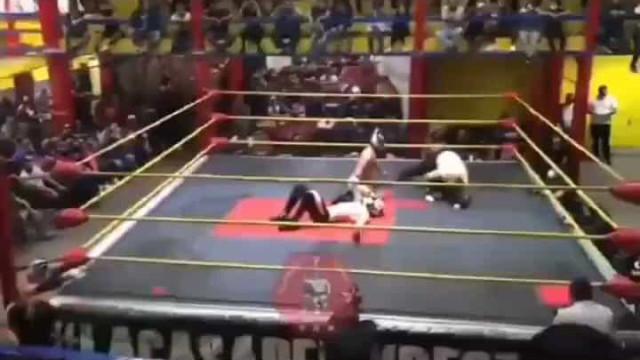 Lutador de 26 anos morre depois de receber dois 'golpes' no peito