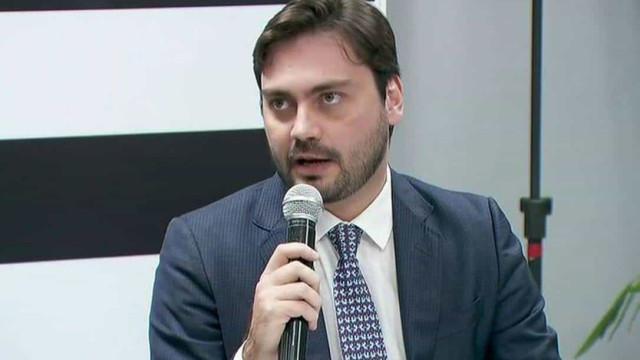 Novo recorre à Justiça eleitoral para extinguir campanha de Filipe Sabará