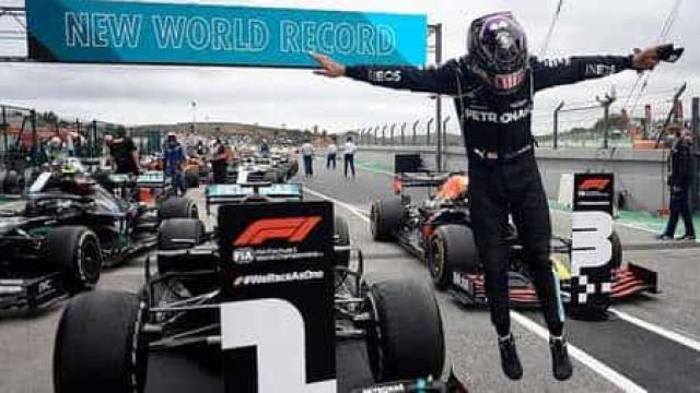 Hamilton vence em Portugal, passa Schumacher e vira recordista de vitórias na F1