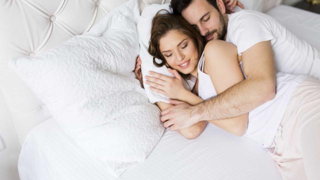 Três dicas de feng shui para o quarto que vão ajudá-lo a dormir melhor