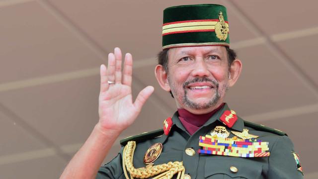 Morre o príncipe Azim, filho de um dos homens mais ricos do mundo