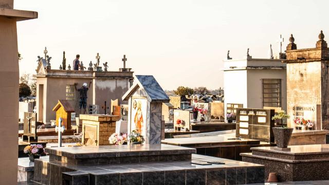 Cemitérios de SP terão cultos em locais abertos no Dia de Finados