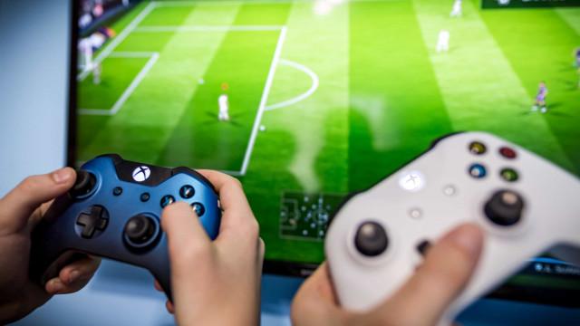 Mais caro, Fifa 21 muda pouco em relação à edição passada do game