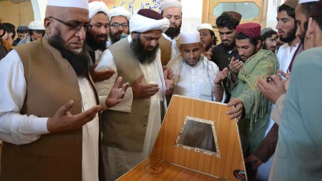 Bomba em escola paquistanesa deixa 7 mortos e mais de 80 feridos