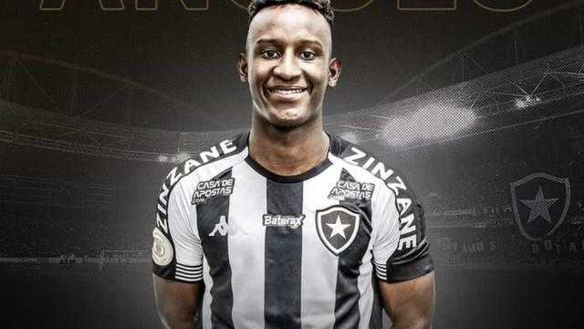Botafogo anuncia contratação do colombiano Angulo, emprestado pelo Palmeiras