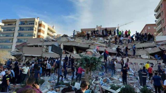 Número de mortos em terremoto na Turquia sobe para 58