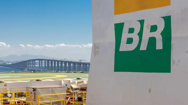 O que fazer com as ações da Petrobras