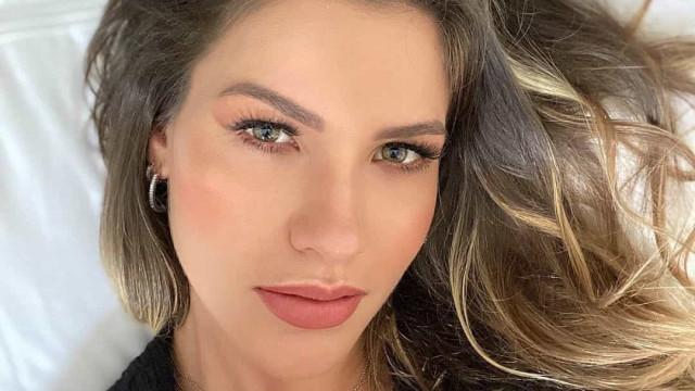 Andressa Suita muda de visual após separação