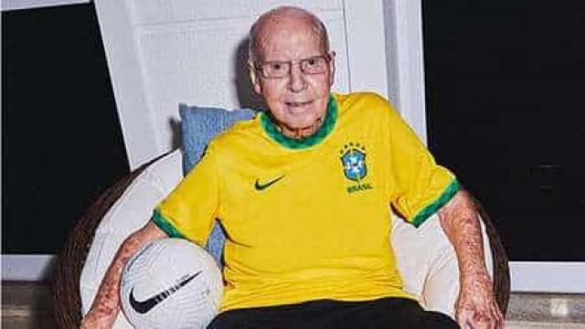 Seleção brasileira apresenta nova camisa em homenagem ao tri mundial de 1970