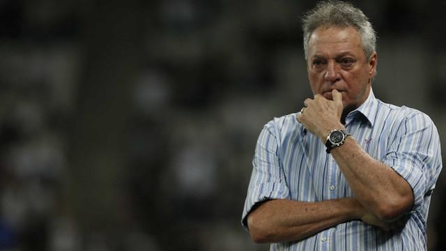 Abel Braga evita empolgação por boa fase no Inter, mas admite: 'Sorte de campeão'