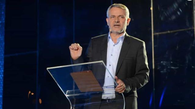 Globo anuncia saída de Carlos Henrique Schroder após 35 anos