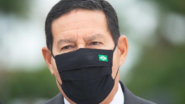 Brasil não tem que ser mendigo, diz Mourão sobre pedido de apoio a Biden