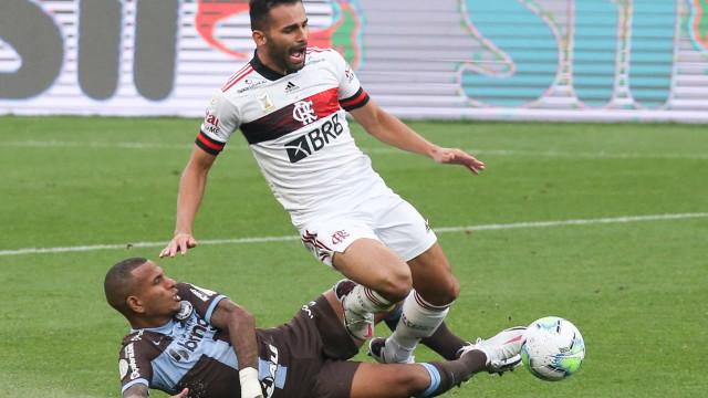 Após sufoco contra o Grêmio, Corinthians terá três desfalques para quarta-feira