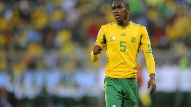 Ídolo sul-africano da Copa de 2010 morre em acidente de carro