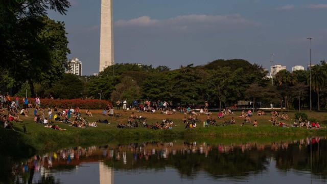 Governo de São Paulo autua parques por aglomeração