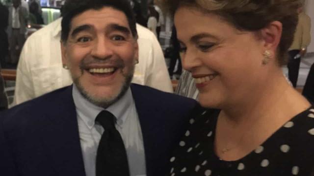 Políticos do Brasil dão adeus a Maradona; Lula cita apoio a causas sociais