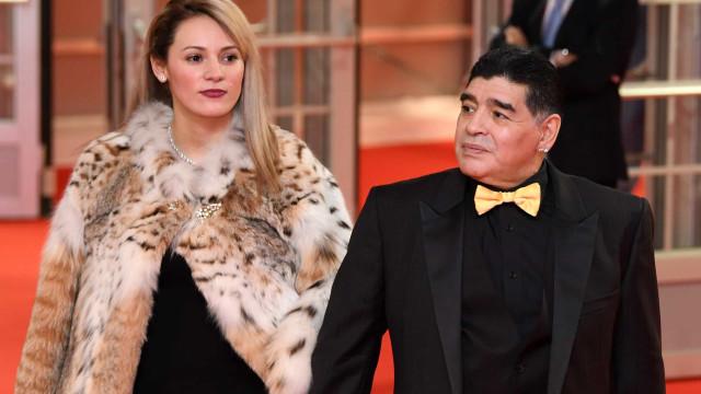 Ex-namorada de Diego Maradona impedida de participar do velório