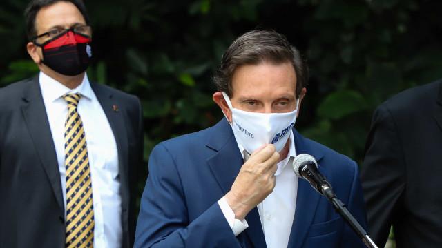 'Pesquisas erram', diz Crivella sobre favoritismo de Eduardo Paes no Rio