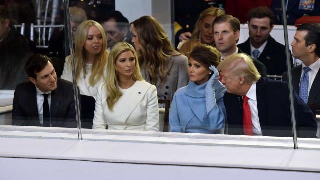 Trump analisa perdões preventivos para os três filhos, genro e advogado