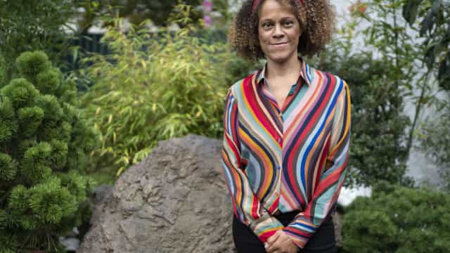 Flip começa com Bernardine Evaristo exaltando diferença entre mulheres negras