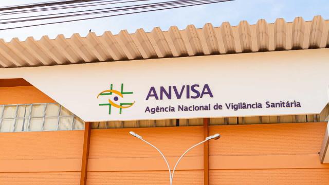 'Não há empecilho da Anvisa', diz diretora sobre vacinas no Brasil